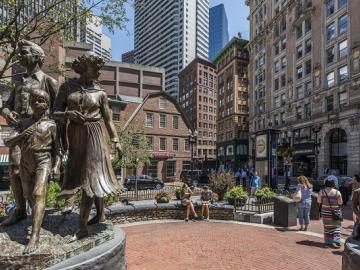 Irish Famine Memorial and Old Corner Bookstore